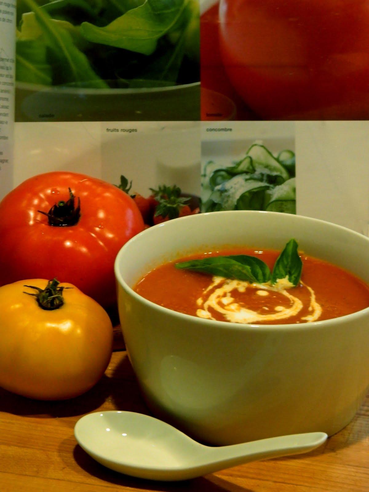madame anne aux fourneaux soupe aux tomates fra ches. Black Bedroom Furniture Sets. Home Design Ideas