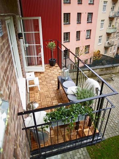 Decorole exterior suelos para terraza for Suelos exterior ikea