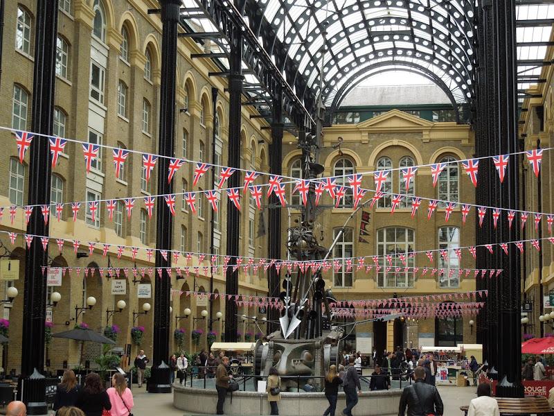 London Queens Jubilee bunting