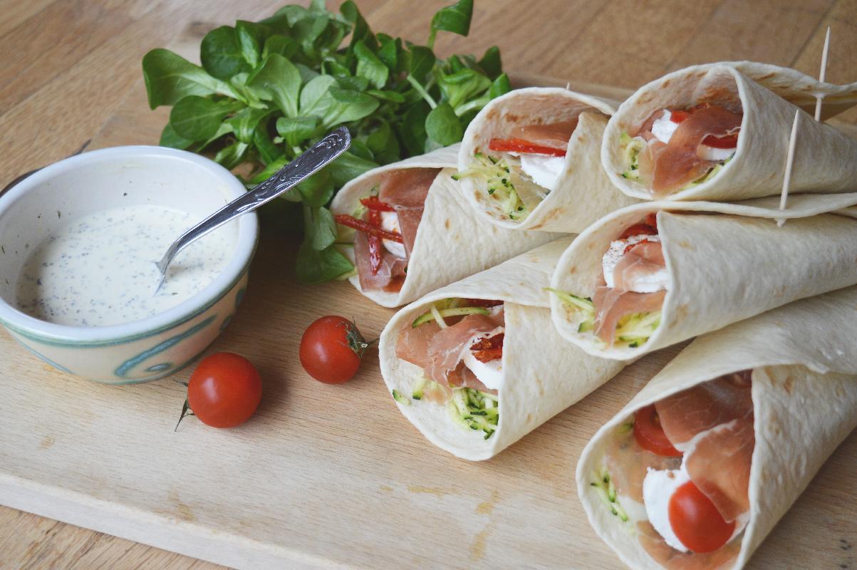 Mlle jj etc recette du jour wraps courgettes jambon et ch vre frais - Idee garniture wrap ...