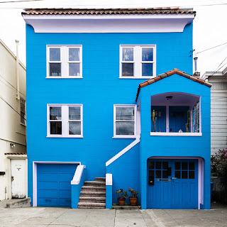 บ้านสีฟ้า