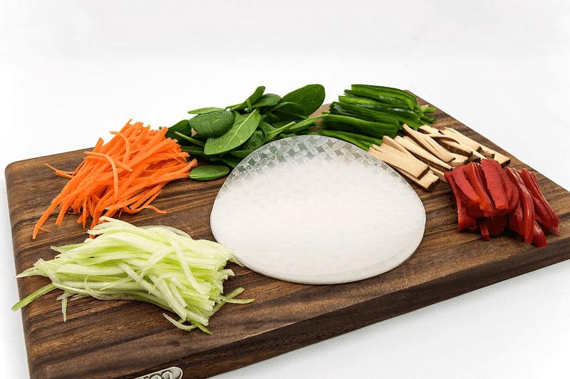 Vegan spring rolls ingridients horizontal