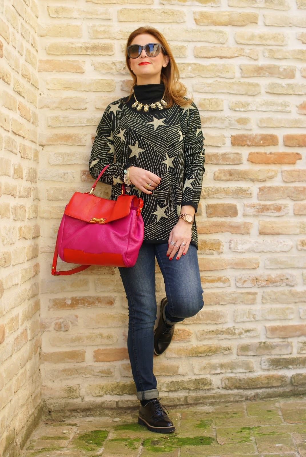 Mismash starry sweater, croc print lace up track sole shoes, maglione con stelle, Fashion and Cookies, fashion blogger