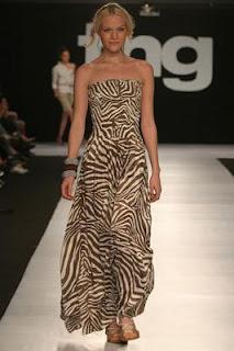 vestido longo com estampa animal - fotos e modelos