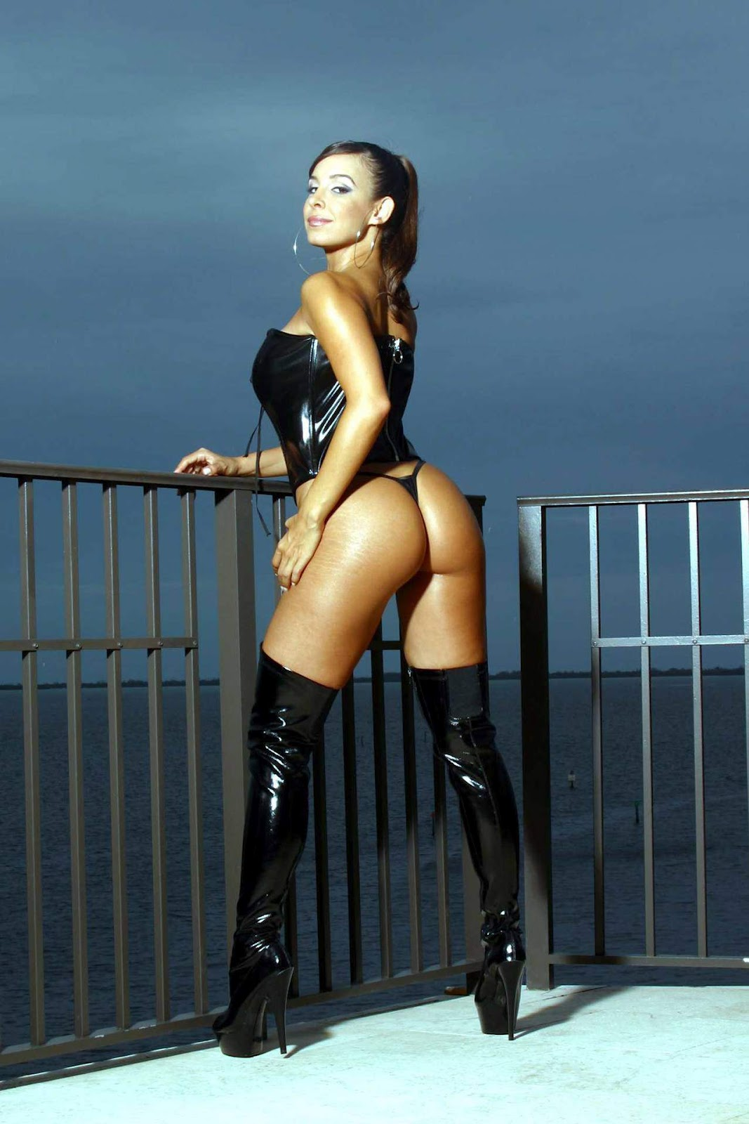 Unseen Mayra Veronica Hot Sizzling Images ~ 521 Entertainment World