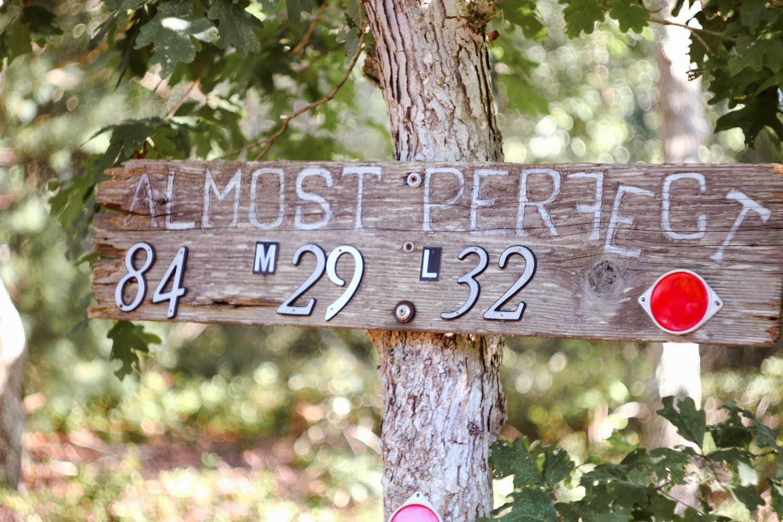 marthas vineyard sign