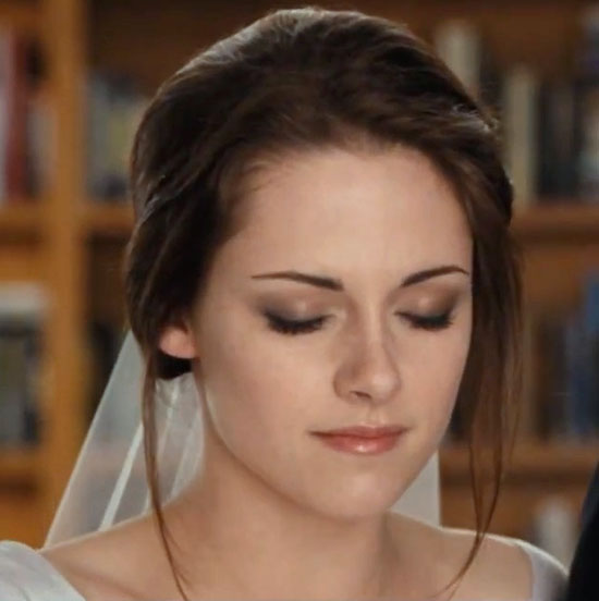 Wedding Makeup Tutorial : Miss Vixens Vanity: Beauty Breakdown: Bella Swan Wedding ...
