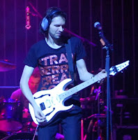 Paul Gilbert guitarist world