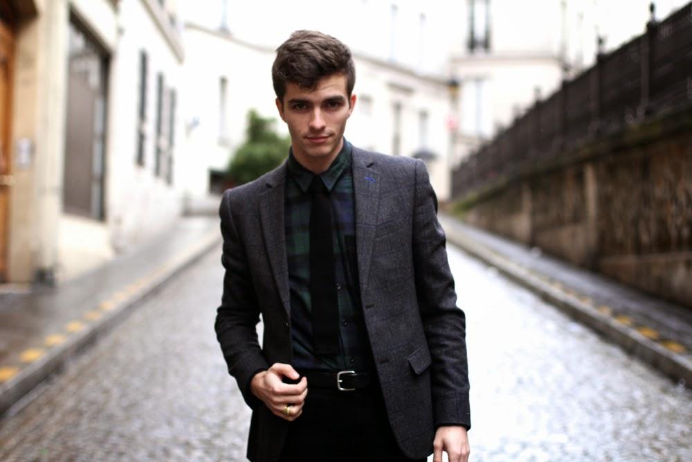 Blog-mode-homme-style-Paris_NEWLOOK-Blazer-carreaux_Chemise-fanelle-vert_Skinny-noir_veste_boots-bouvles-Loden-Khaki-cravate-tricottée-preppy-dandy