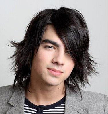 Mens Long Hairstyles on Long Haircut For Men   Men S Long Hairstyle Pictures