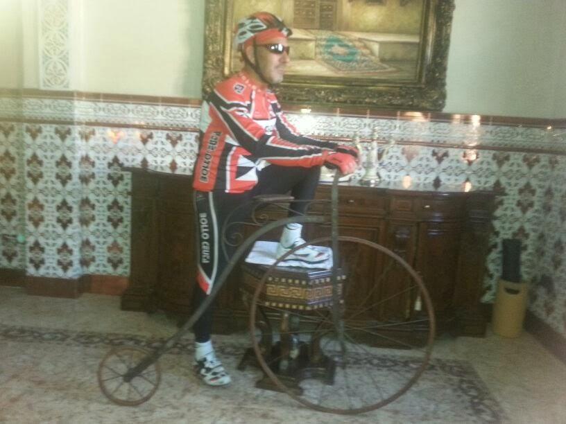 Y Chauoqui también prueba bici nueva