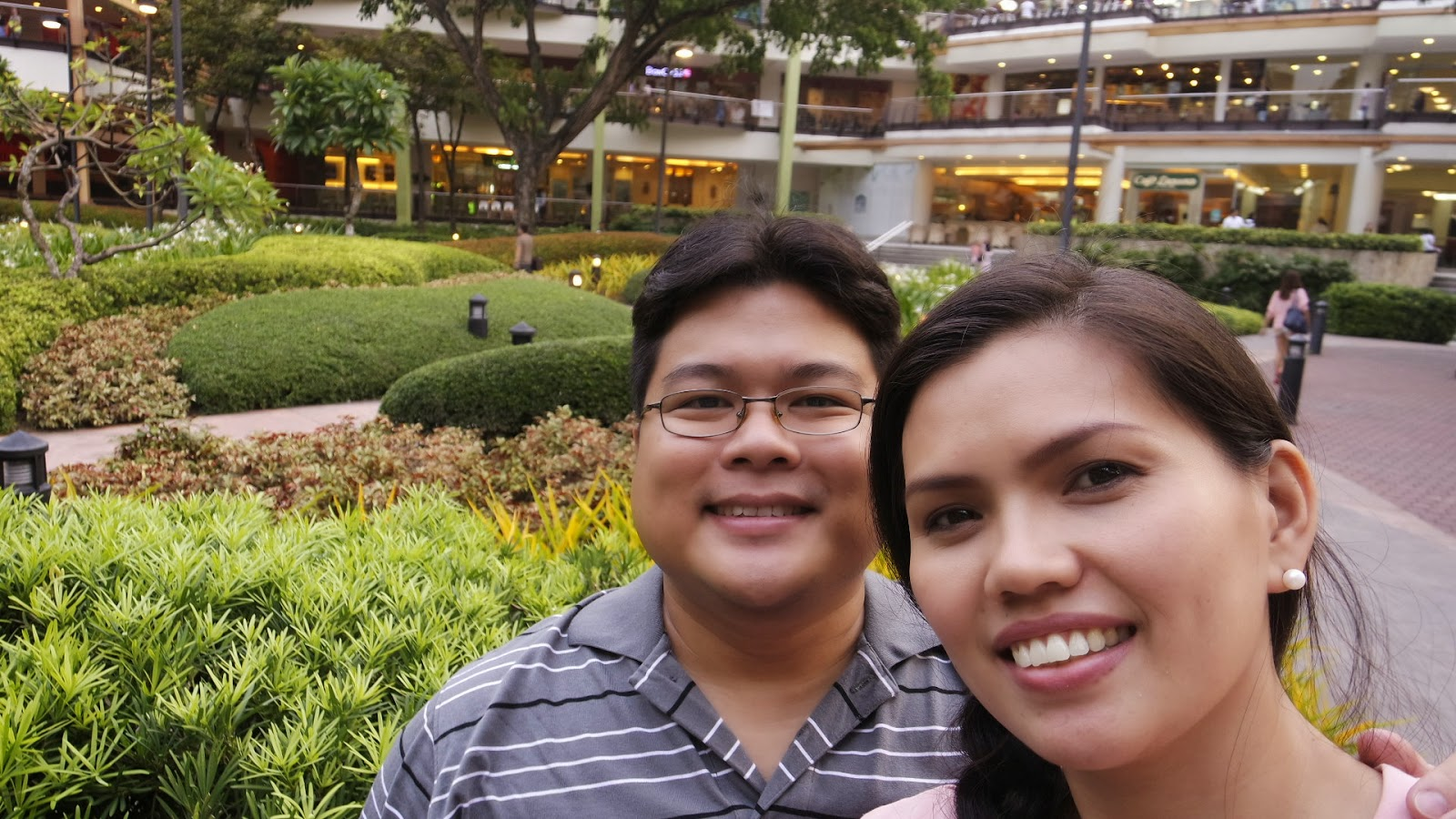 Buds and Judy, Personal family Blog, Cebu Blogger, Singapore Blogger, Ayala Center Cebu