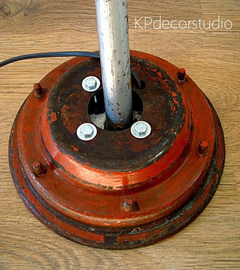 Lámparas originales fabricadas con materiales reciclados