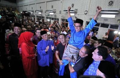 Gambar-kemenangan-calon-bn-TengkuZaihan.jpg