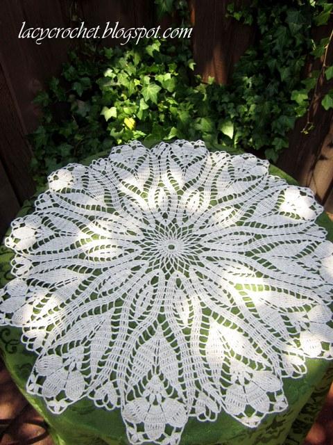 Crochet Pattern Doily : Lacy Crochet: Doily of the Week #24: Crocus Doily