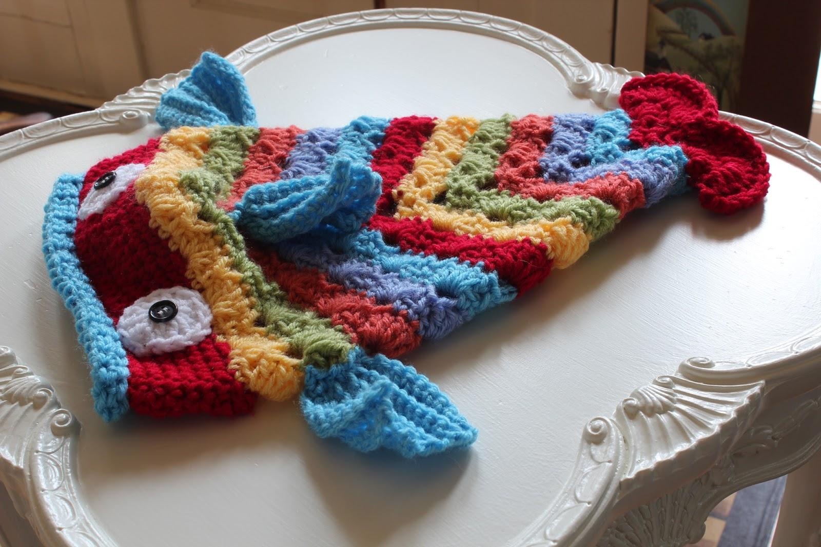Free Crochet Pattern For Fish : Catherine Holman Folk Art: Crocheted Fish Hat
