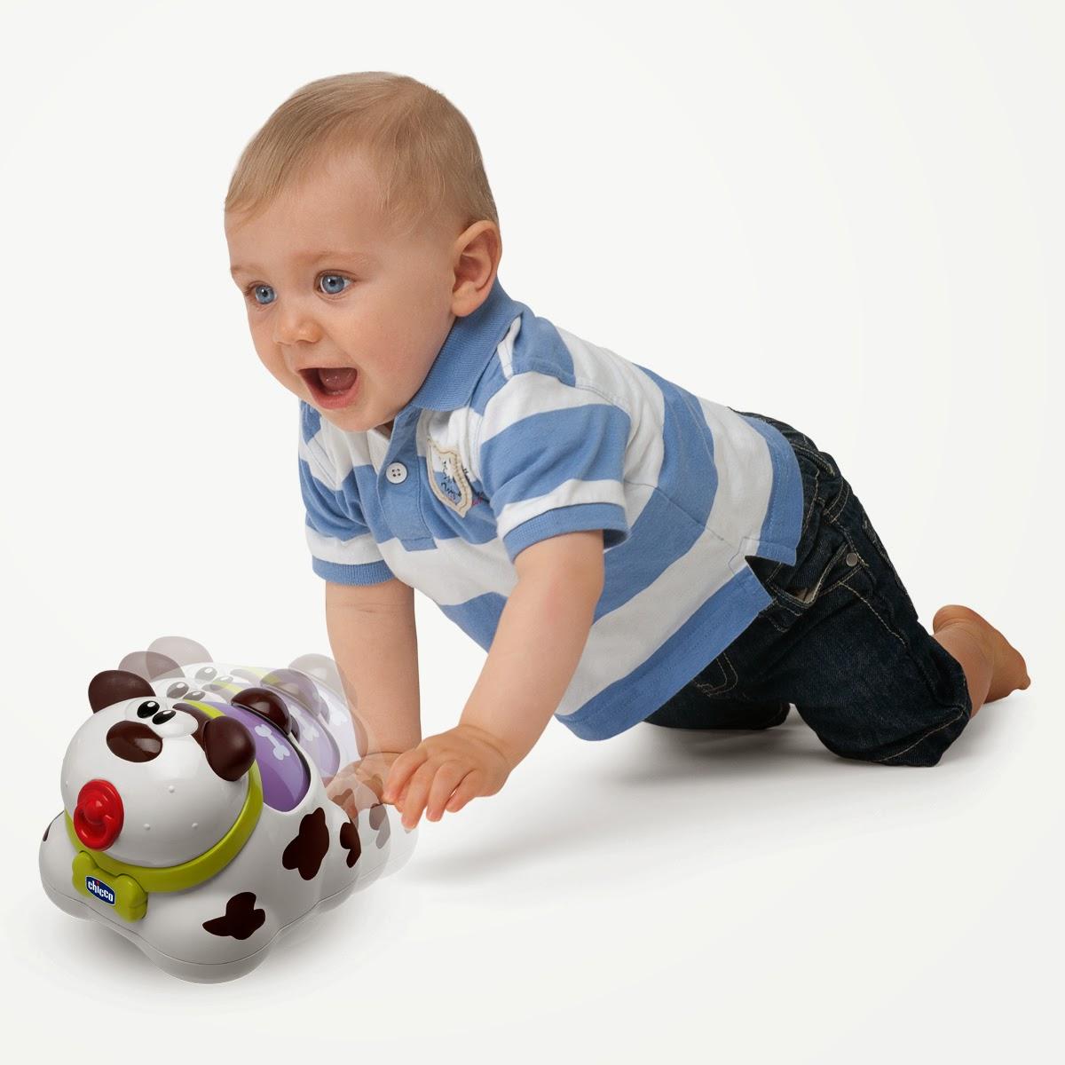 Двигающиеся игрушки с детьми
