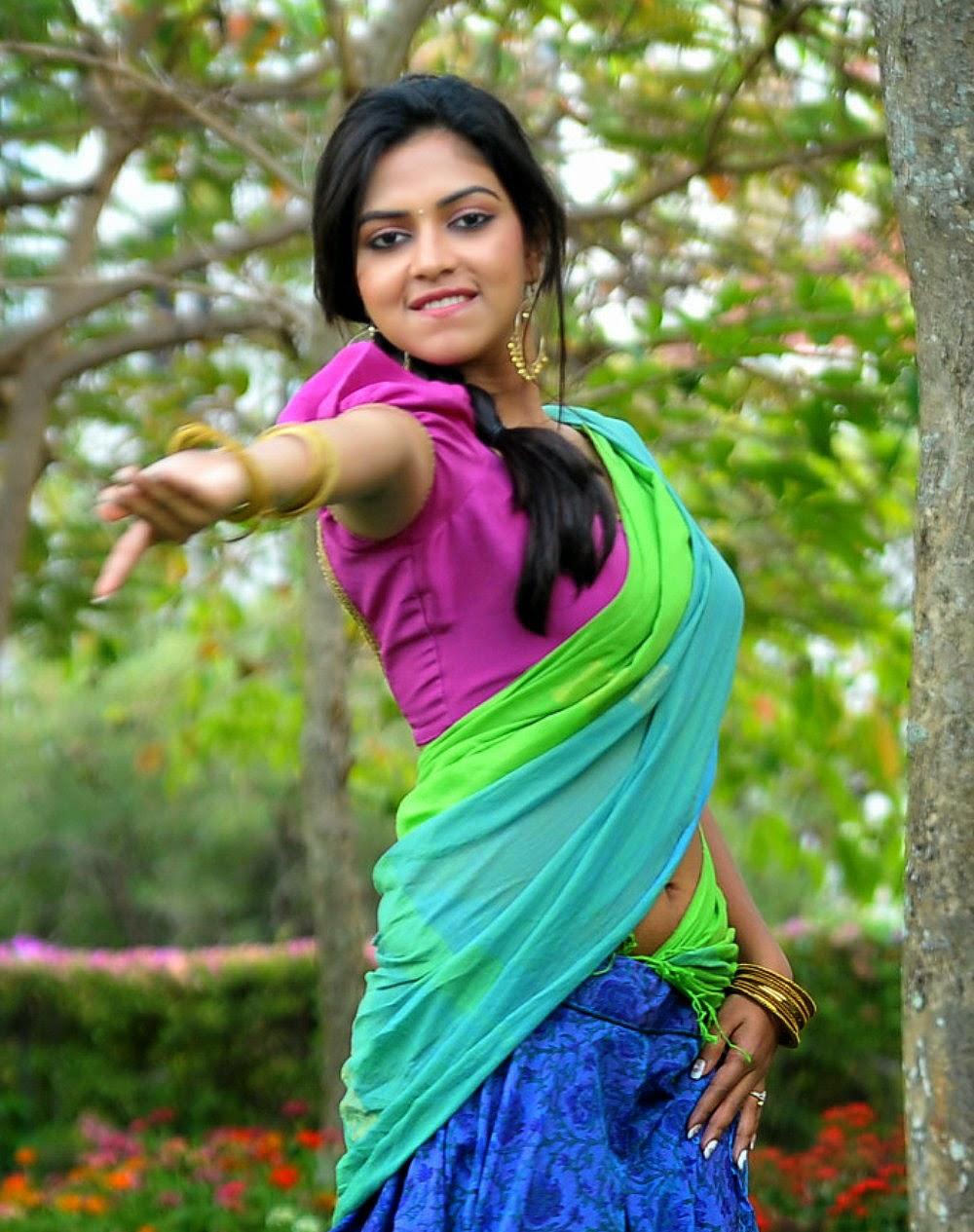 omages saree girls drop boob hot tamil