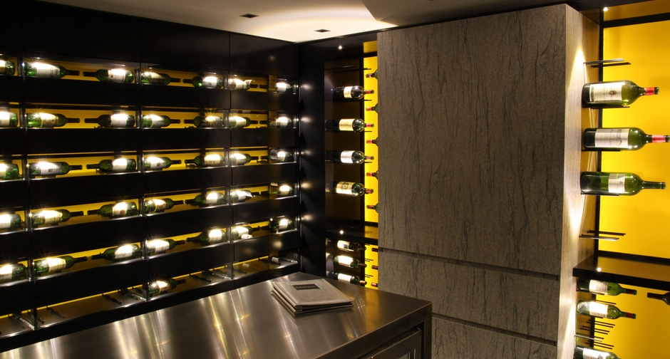 val rie adoooore les caves vin d 39 exception con ues par degr 12 pas mal pour passer les f tes. Black Bedroom Furniture Sets. Home Design Ideas