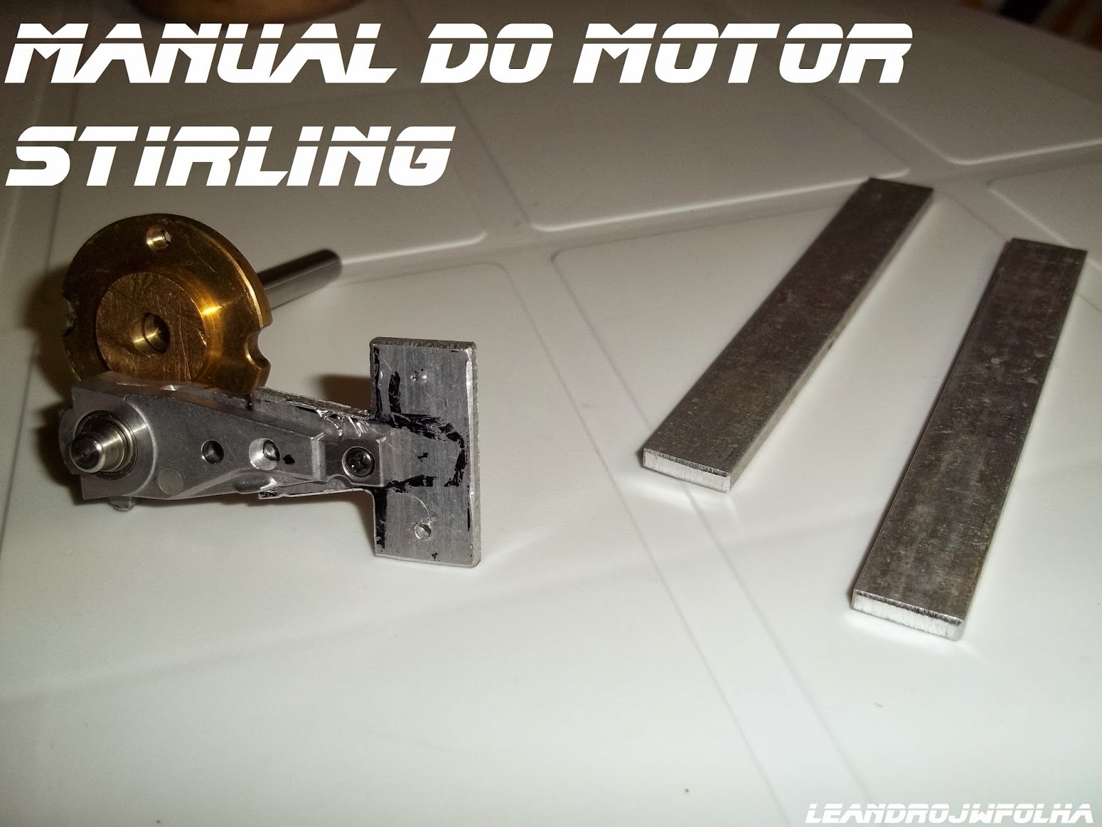 "Manual do motor Stirling, ""T"" desmontado do motor Ross Yoke"