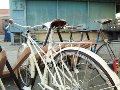 Причёсанная велостоянка Tumblr_ll57fyp8251qiqsy9