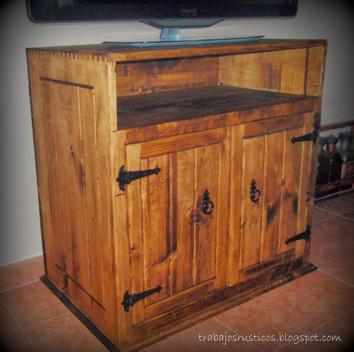 Trabajos r sticos mueble r stico televisi n - Mueble recibidor rustico ...