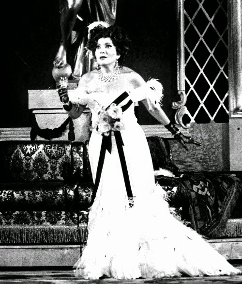 Nelly Miricioiu in La Traviata at Verona