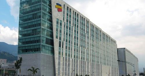 Oficinas bancolombia medell n sucursales direcci n y for Horario oficinas ibercaja