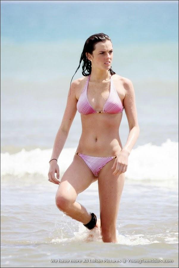 Ali lohan bikini
