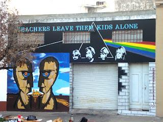 Murales de un artista amante de la música en La Plata