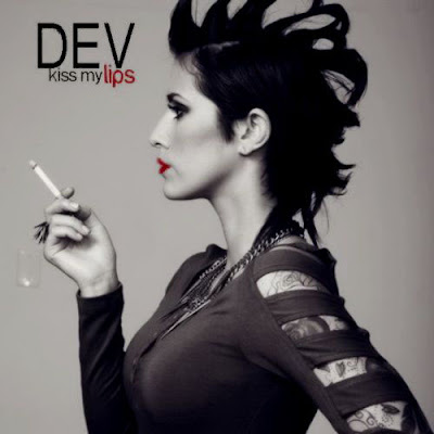Dev - Kiss My Lips (feat. Fabolous) Lyrics