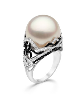 Antique pearl engagement rings is a special beauty in your special moment. Antique Antique pearl engagement rings are a choice of a special love