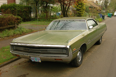 1971-Chrysler-300-Three-Hundred-Coupe.