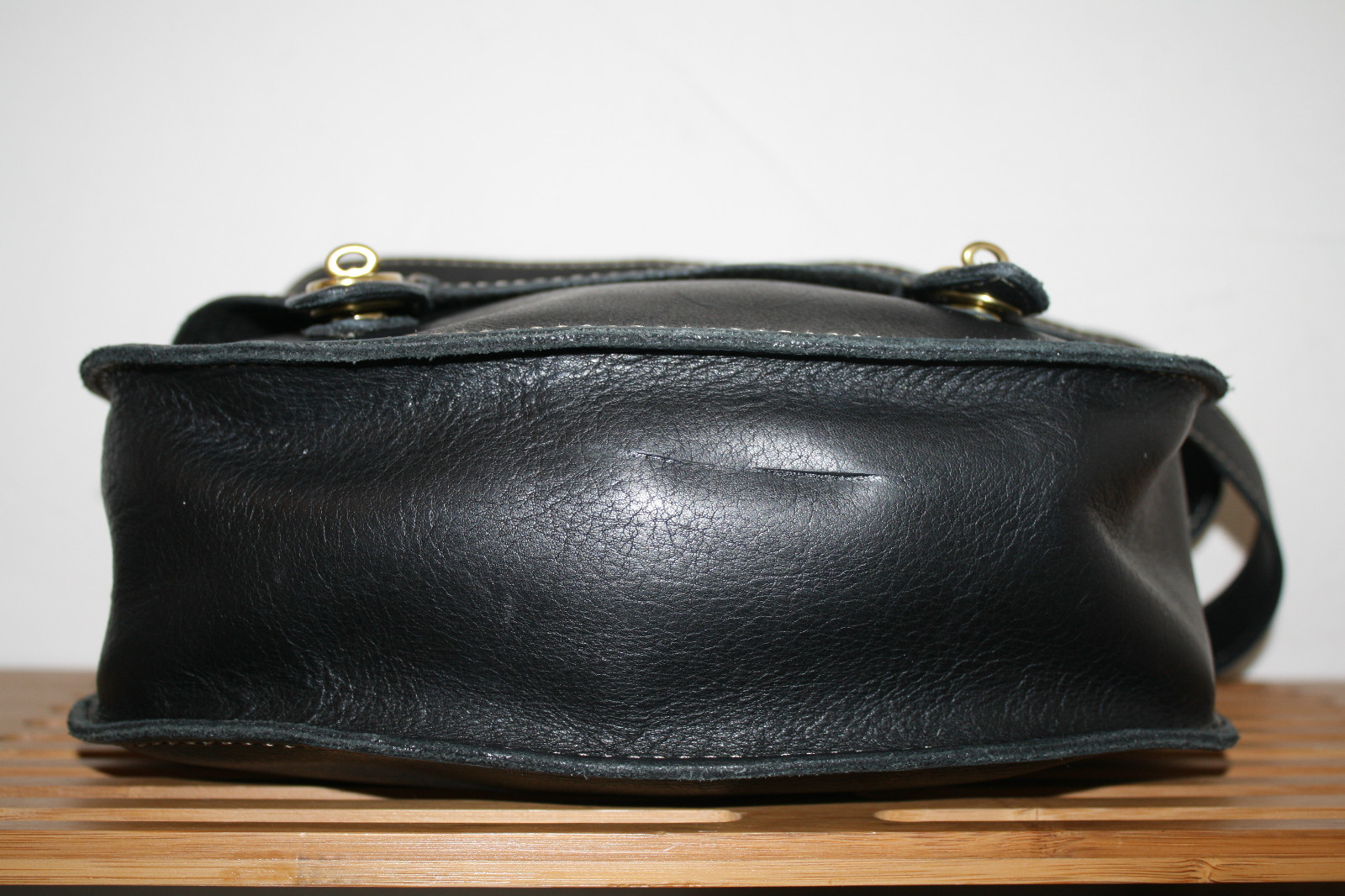 Restoring Antique Leather La Vie Diy Buying And Restoring Second Hand Bags