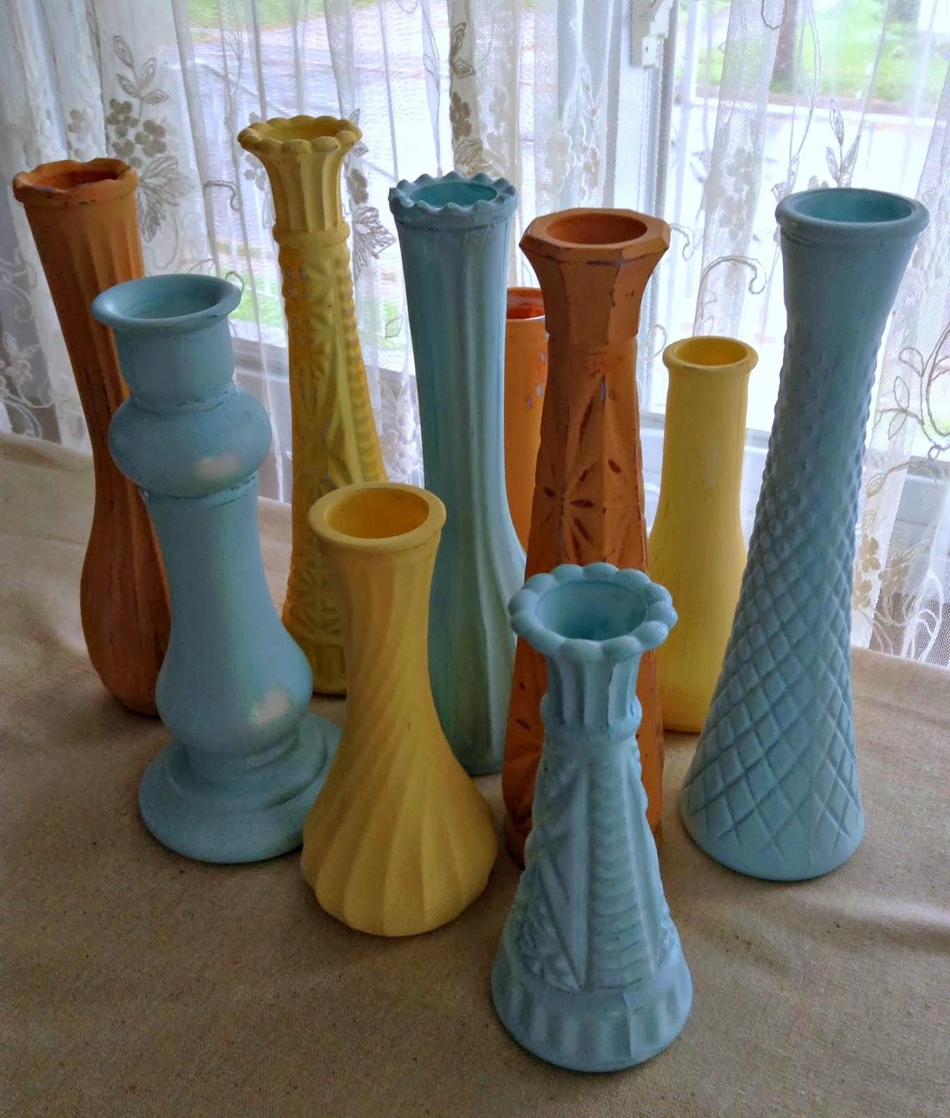 Diy autumn pastel painted vases pastel autumn painted vases how to simply paint old vases to give them new life reviewsmspy