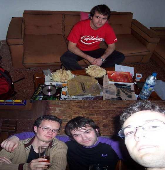 joven Juan Ramón Rallo y sus amigos (época universitaria)