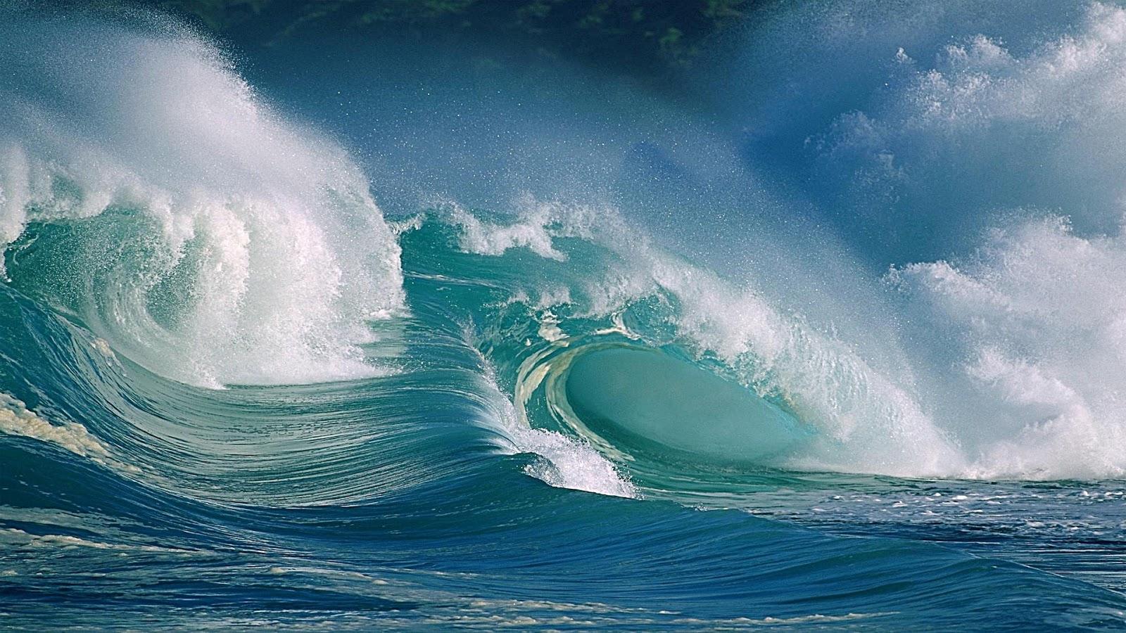http://2.bp.blogspot.com/-UXoTOFTCPAY/T5EM55QvVEI/AAAAAAAADXw/guGdFO97fak/s1600/awesome-ocean-surf-windows-8-wallpaper-1920x1080.jpg