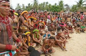 Brasil: Indígenas ocupam fazendas na Bahia e pressionam STF a votar demarcações