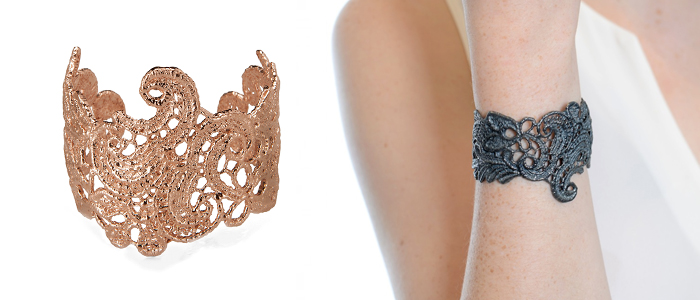 I Love a Lassie Holiday Wish List Lace Cuff