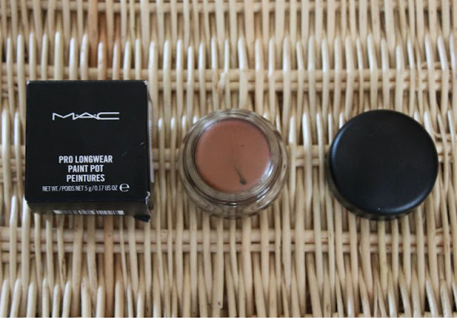 MAC Pro Longwear Paint Pot in Eclair