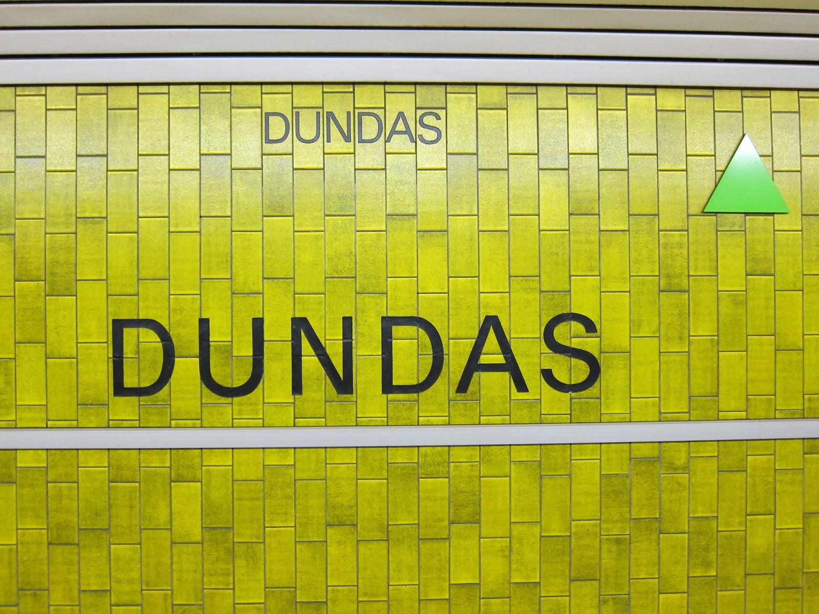 Dundas station tiling