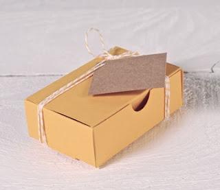 boîte en carton pour cartes de visite, selfpackaging, carte de visite, boîte vide