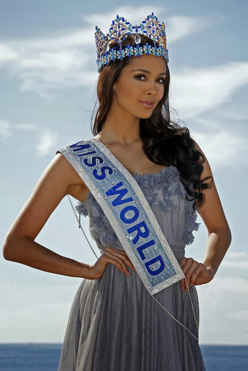 The official thread of Miss World 2013: Megan Lynne Young- Philippines  - Page 3 Megan+at+cannes+oct+2013
