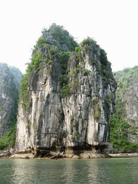Kayaking Halong 2