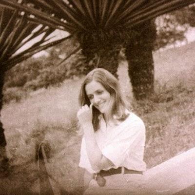 IARA IAVELBERG (1944-1971)