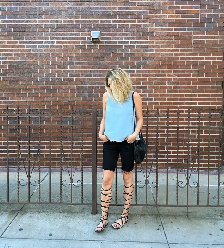 Everydaymadewell, Madewell chambray top, J Brand cutoffs, Zara gladiators, Bottega Veneta crossbody bag, Ray-Ban sunglasses