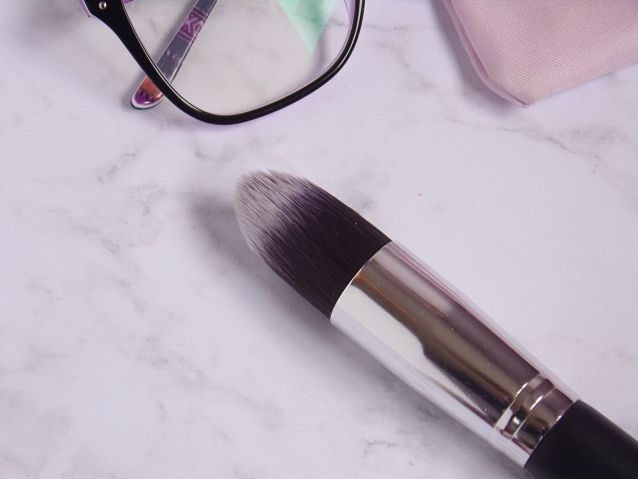 THE TAPERED BRUSH FROM BORN PRETTY STORE