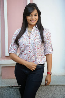 Actress-Tanuja-Naidu-Stills-at-Love-You-Bangaram-First-Look-Logo-Launch