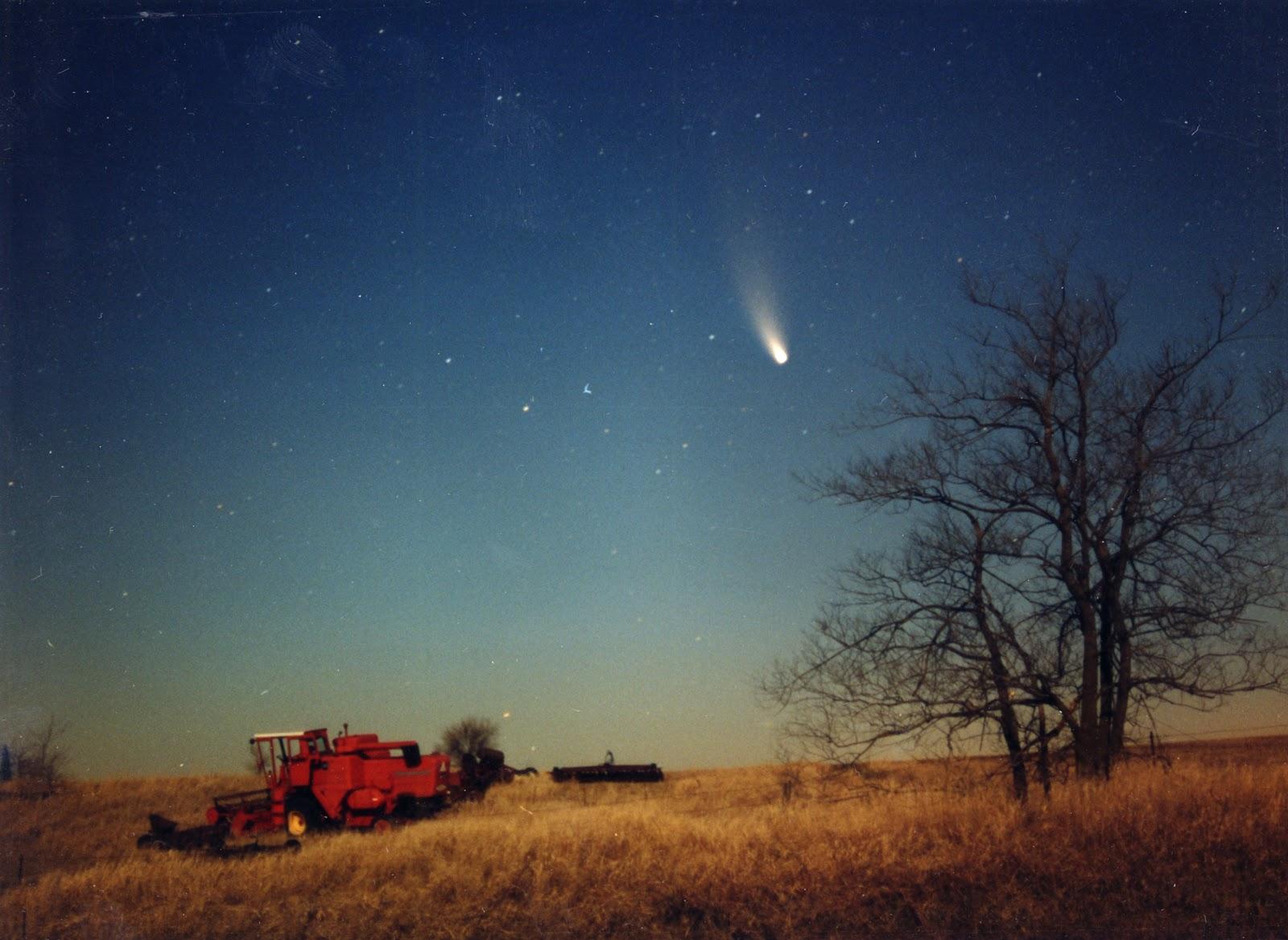Комета хейла боппа фото