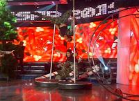 Gab Valenciano and Robi Domingo's pole dancing stunt